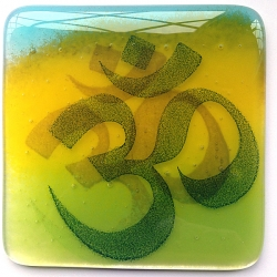 Om coaster in blue, yellow, green