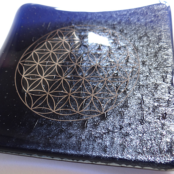 Galactic Platinum Flower of Life handmade sparkling deep blue glass plate