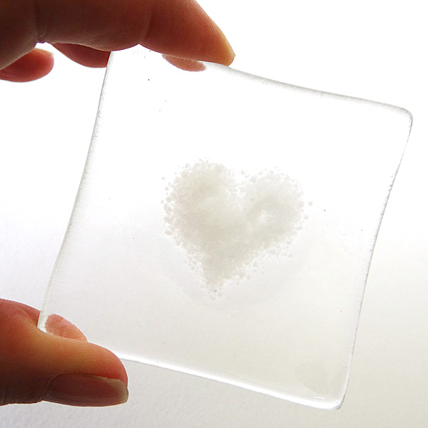 White heart bowl in clear glass