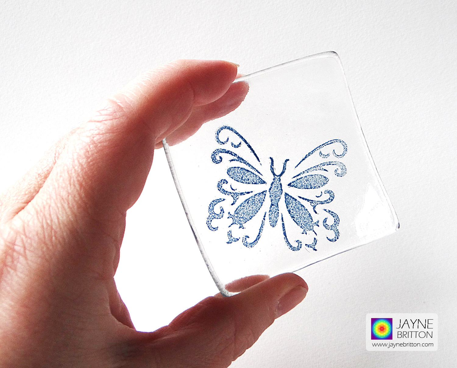 Butterfly bowl in clear glass